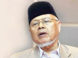 Datuk Nakhaie Ahmad